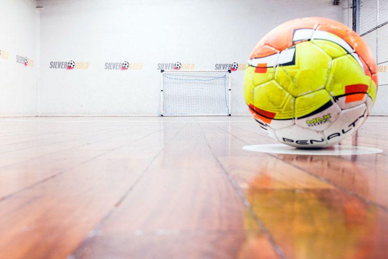 Alugar quadra de futebol